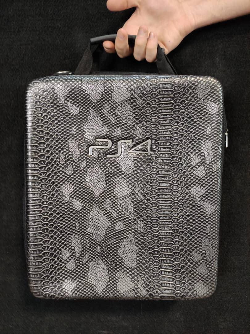 خرید کیف حمل کنسول PS4 مدل پوست ماری